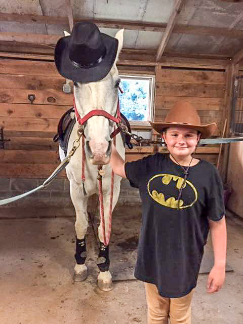 Bearfoot Ranch helps horses and kids